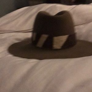Abercrombie & Finch authenticate safari hat